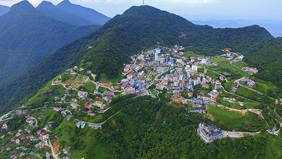 Thị trấn Tam Đảo xinh đẹp làm xao xuyên biết bao du khách mỗi khi đến với Tam Đảo