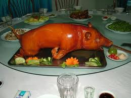 Du lịch Sapa thưởng thức thịt lợn cắp nách Sapa.