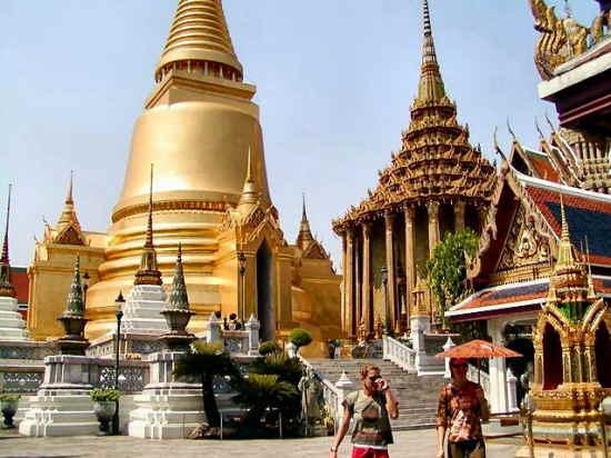 Khám phá ngôi đền nổi tiếng Thái Lan