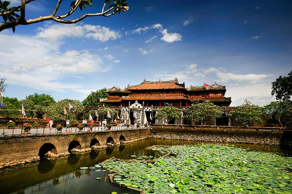 Tham quan Kinh thành- Hoàng cung Huế