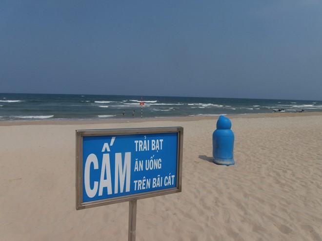 Bãi biển không có rác