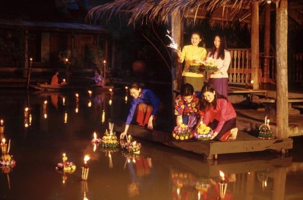 Lễ hội Loy Krathong tại Thái Lan