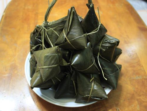 Bánh Gio Tiên Yên Hạ Long